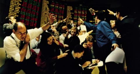 Cómo aprovechar la manipulación profesional en el trading